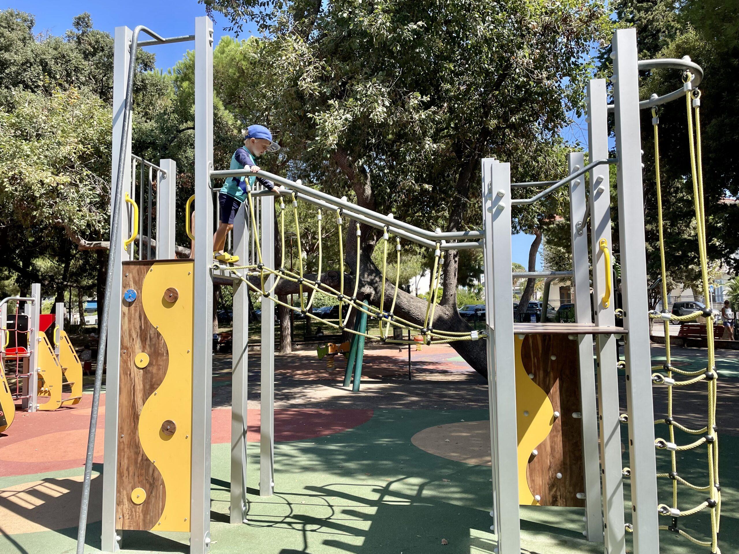 Gröna lustfyllda lekplatser kan inspirera!